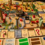 オンラインカジノはモノポリーでも遊べる!ゲームの特徴や遊び方を画像付きでご紹介
