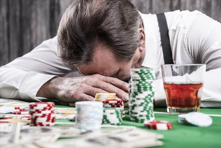 オンラインカジノで注意すべきイカサマとは?