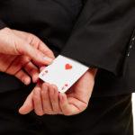 オンラインカジノでイカサマされることはある?安全で公平に遊ぶための注意点を徹底解説